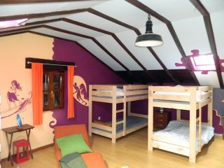 Hostel Llambres, La Revilla