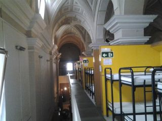 Albergue Jesús y María, Pamplona