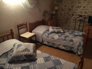 """Gîte et chambres d'hôtes de Fonteilles """"Lo Soulenquo"""""""