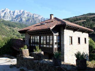 Albergue turístico Valdebaró, Baró