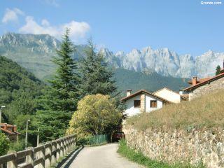 Areños en el Camino Vadiniense