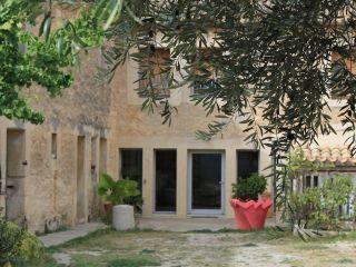 Chambre d'hôtes La Ferme du Château, Saint-Geniès-des-Mourgues