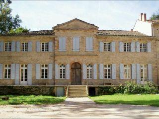 Chambre d'hôtes Château de Larroque, Gimont