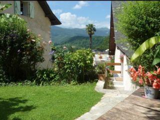 Chambres d'hôtes Le Balcon de l'Ossau, Bescat
