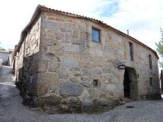Casa do Arco, Mézio