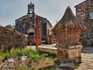 Cabazo e iglesia de Leboreiro, Camino Francés