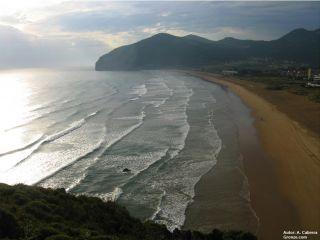 Playa de Berria, Camino del Norte