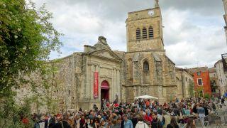 Iglesia de Saint-Jean-Baptiste y mercado de cerámica, Aniane