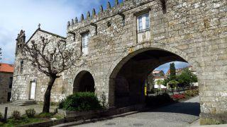 Arcos del pazo de Cotón, Negreira