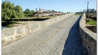 Ponte dos Arcos, sobre el río Este