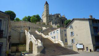 Escalinata monumental, Auch