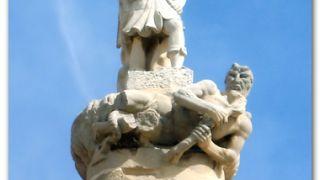 Detalle de la iglesia de Sant Miquel, Batea