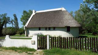 Cabaña de guardián, Saliers