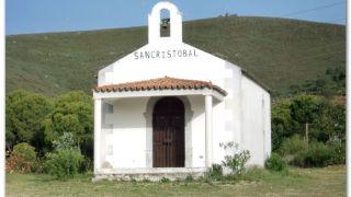 Ermita de San Cristóbal, a la salida de Cañaveral