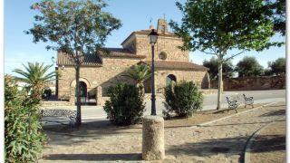 Ermita de Santiago, a la salida de Casar de Cáceres