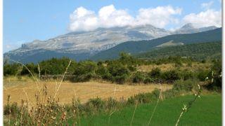 Vista de camino a Castiello de Jaca