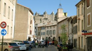 Calle de acceso a la Cité, Carcassonne