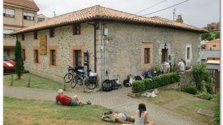 Albergue de peregrinos La Peña, Comillas