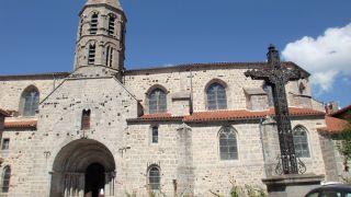 Iglesia de Saint-Médard, Saugues