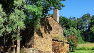 Albergue Taberna Vella, As Quintas (Burres)