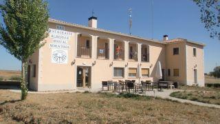 Albergue-hostal Moratinos