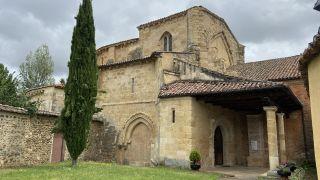Iglesia del Monasterio de Santa María la Real de Gradefes