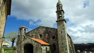 Iglesia de San Xián de Moraime