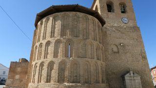 Ábside mudéjar de la iglesia de San Pedro en Alcazarén