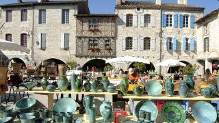 Mercado de artesanía en Lauzerte