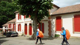 Café Pacha Mama (antiguas escuelas), Lelin-Lapujolle