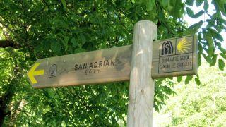 Hacia la ermita y túnel de San Adrián