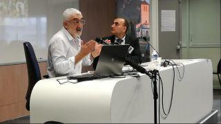 Manuel F. Rodríguez dando una conferencia en Toulouse (2018)