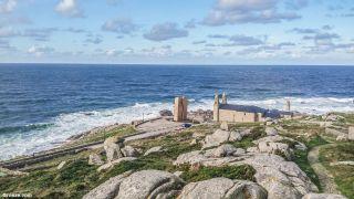 Santuario da Virxe da Barca, en la costa de Muxía