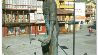 Monumento al 'Escanciador de Sidra', Mieres del Camino