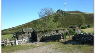 Ruinas del antiguo hospital de peregrinos de Montouto