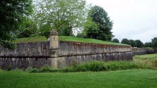 Bastiones de la muralla, Navarrenx