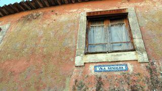 Curioso nombre de una villa en Perosinho