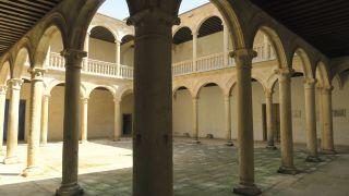 Patio del palacio renacentista de los condes de Grajal, Grajal de Campos