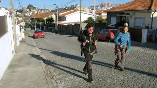 Peregrinos hacia Fátima en Vila Nova de Gaia