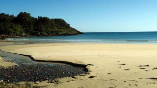La pequeña playa de Estorde