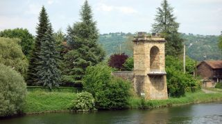 Pont Vieux y río Lot, Livinhac-le-Haut
