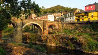 A Ponte Nova sobre el río Sil, Sobradelo