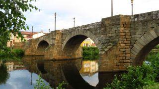 Ponte Vello sobre el río Cabe, Monforte de Lemos