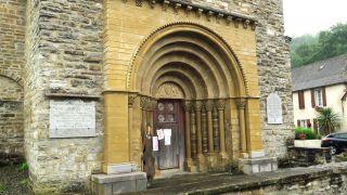 Portada de la iglesia de L'Hôpital-Saint-Blaise