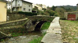 Puente do Pasatempo, en el barrio dos Muiños de Mondoñedo
