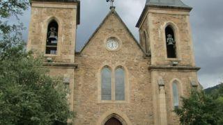 Iglesia de Fontei, A Rúa de Valdeorras