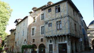Rue Daurade con casas medievales, Cahors