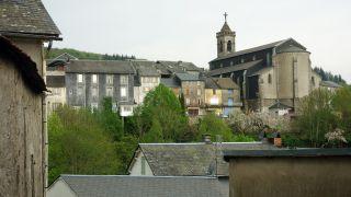 Vista con la iglesia, La Salvetat-sur-Agout