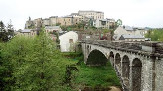 Puente sobre el Agout y casco antiguo, La Salvetat-sur-Agout