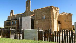 Santuario de la Virgen Peregrina en Sahagún, patrona del Camino de Madrid